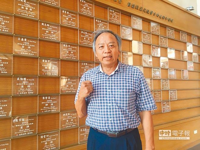 武陵高中校长林清波认为高层应想出对策,反吸大陆学生。(图片来源:台湾《旺报》)
