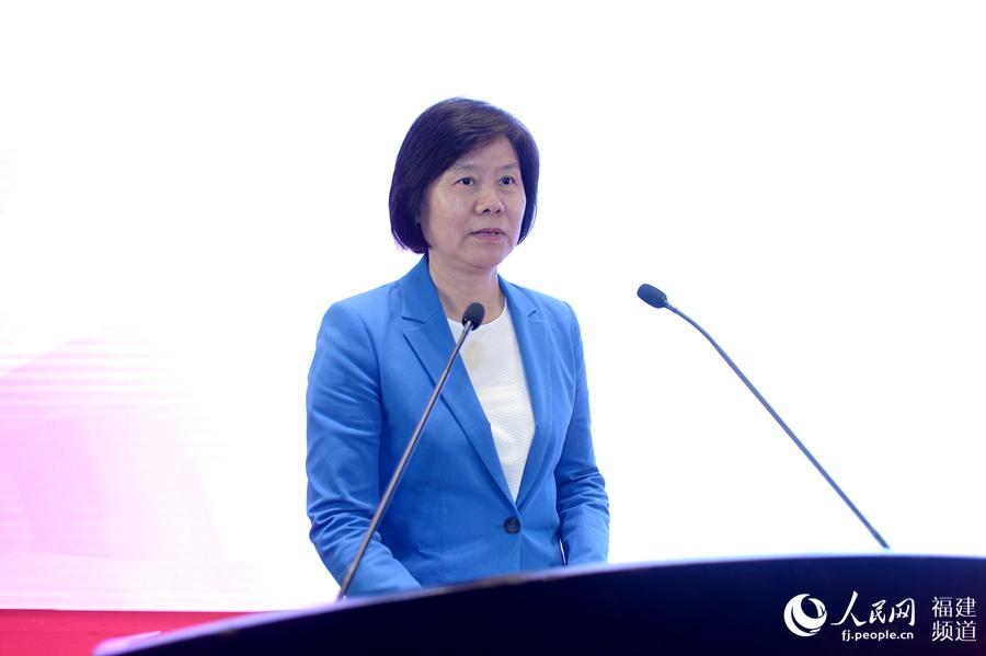全国人大常委会副委员长、全国妇联主席沈跃跃出席开幕式并致辞