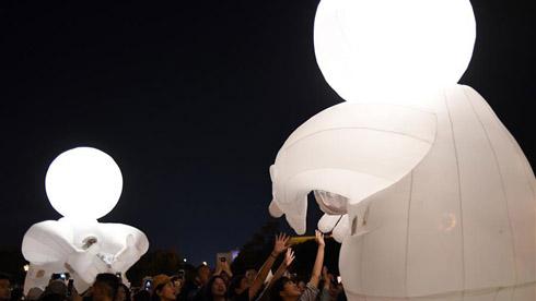 """台北""""白昼之夜""""让城市变身艺术馆"""